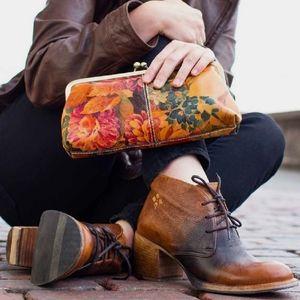NWOT Patricia Nash Veneto Boots